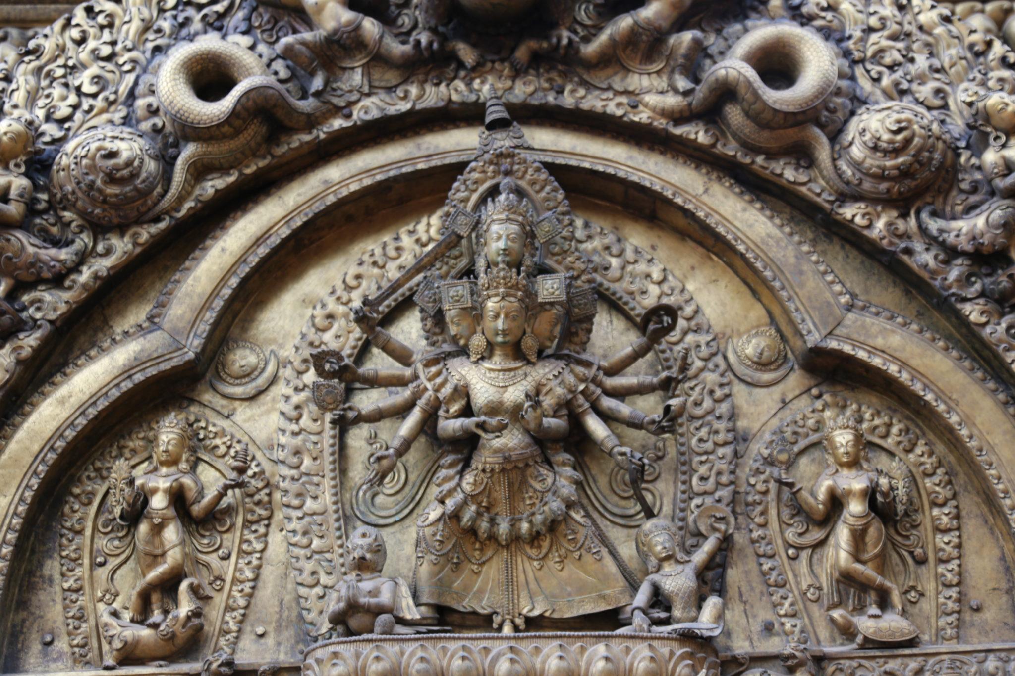 durga népal statue