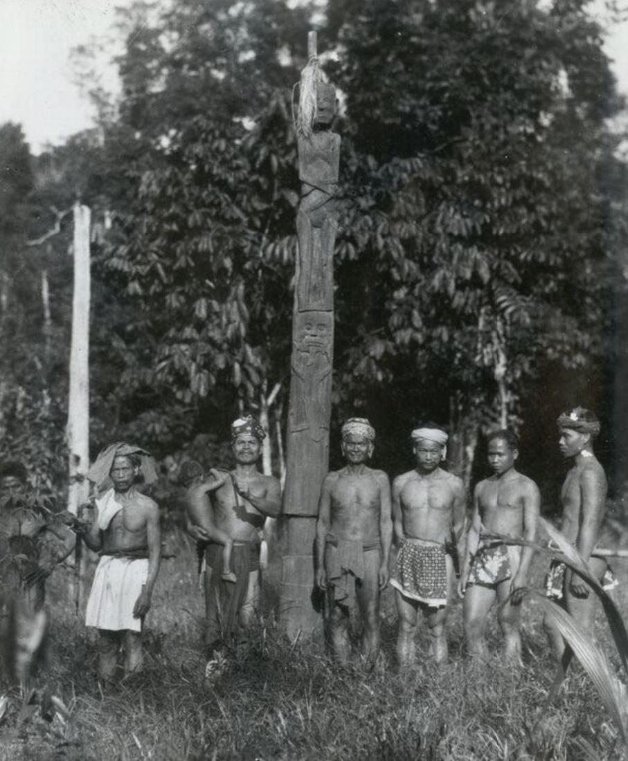 peuple dayak art primitif ART PREMIER ART TRIBAL paris MES INDES GALANTES