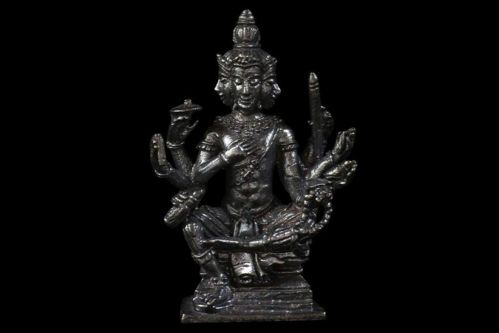 Brahma phra phrom amulette