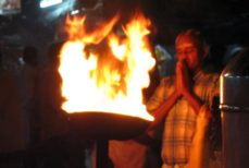 La flamme (Agni)