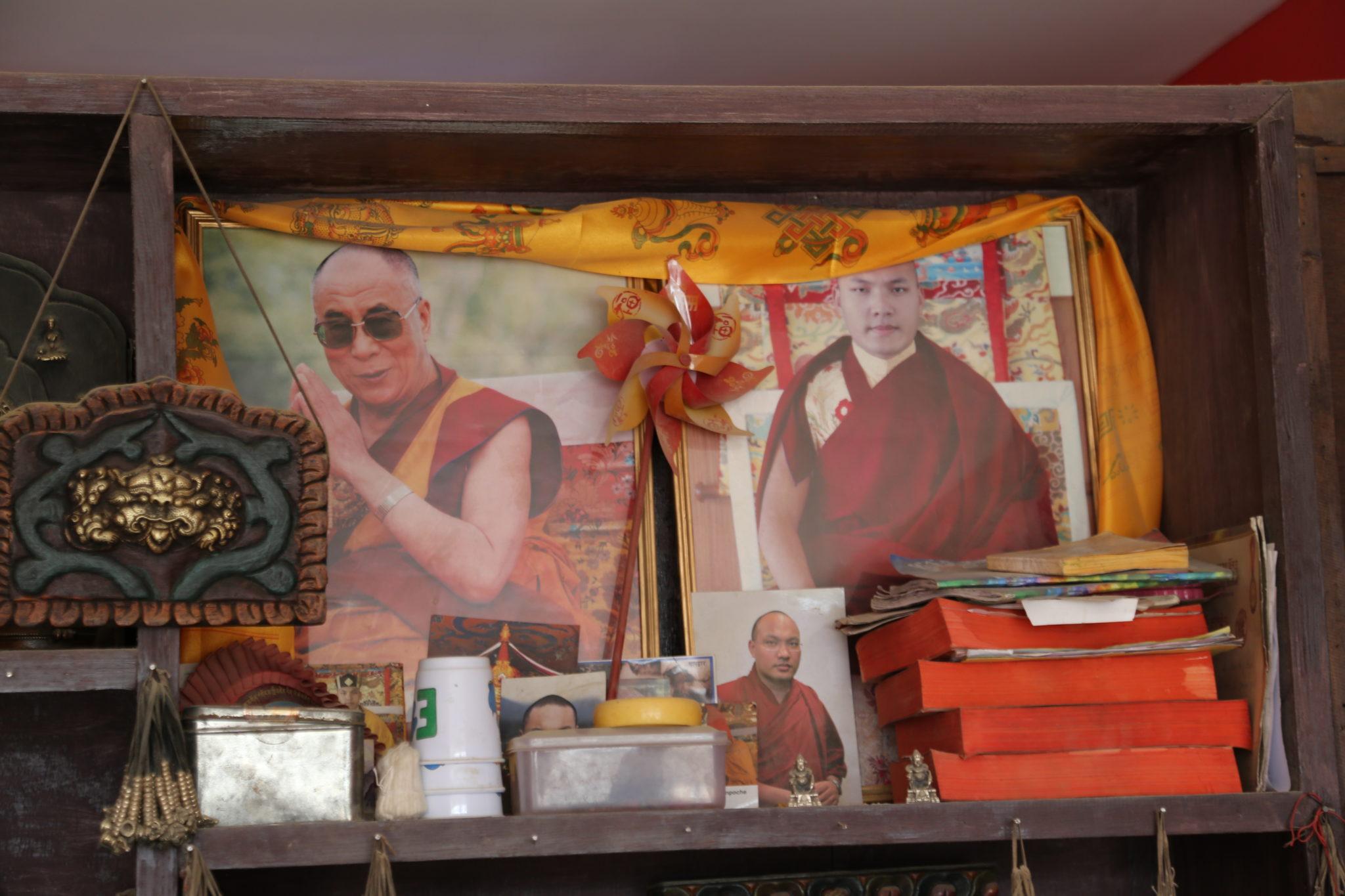 Chenrezig Tchenrézi Avalokiteshvara om mani padmi humDalaï-Lama