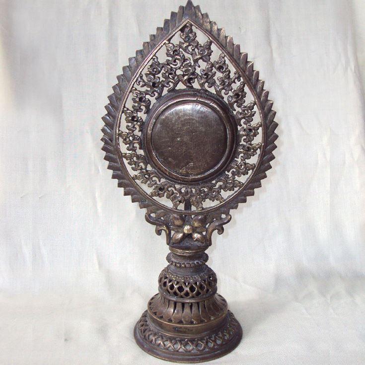 objet rituel miroir tibet bouddhisme