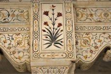 Mosaïque de pierre indienne, Pacchi kari