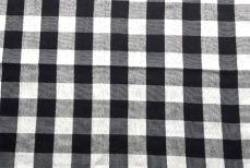 Le Poleng, le côté noir et blanc du monde