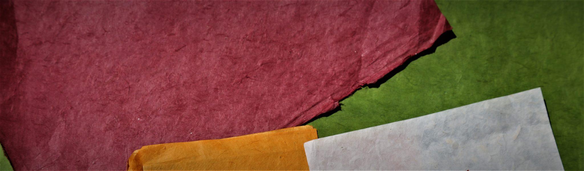 feuille papier fait main Népal