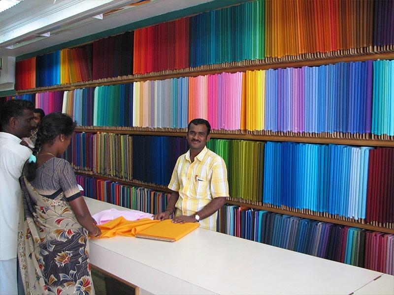Textiles & Vêtements ethniques