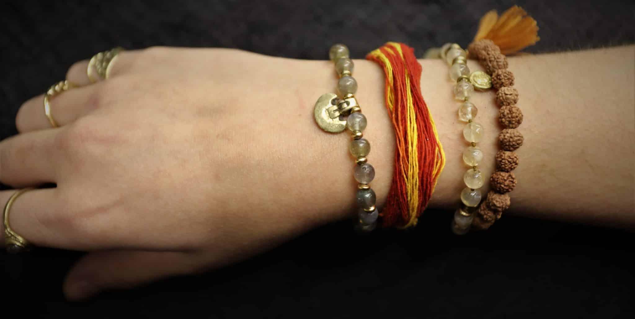kalawa bracelet fil rouge hindou paris