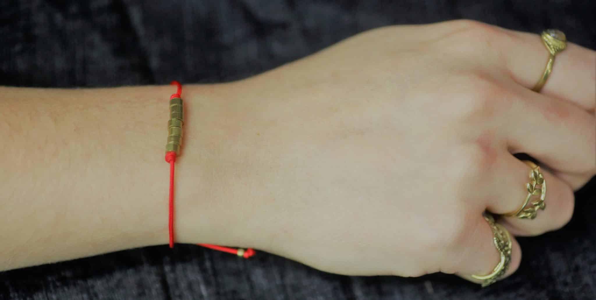 bracelet fil rouge juif