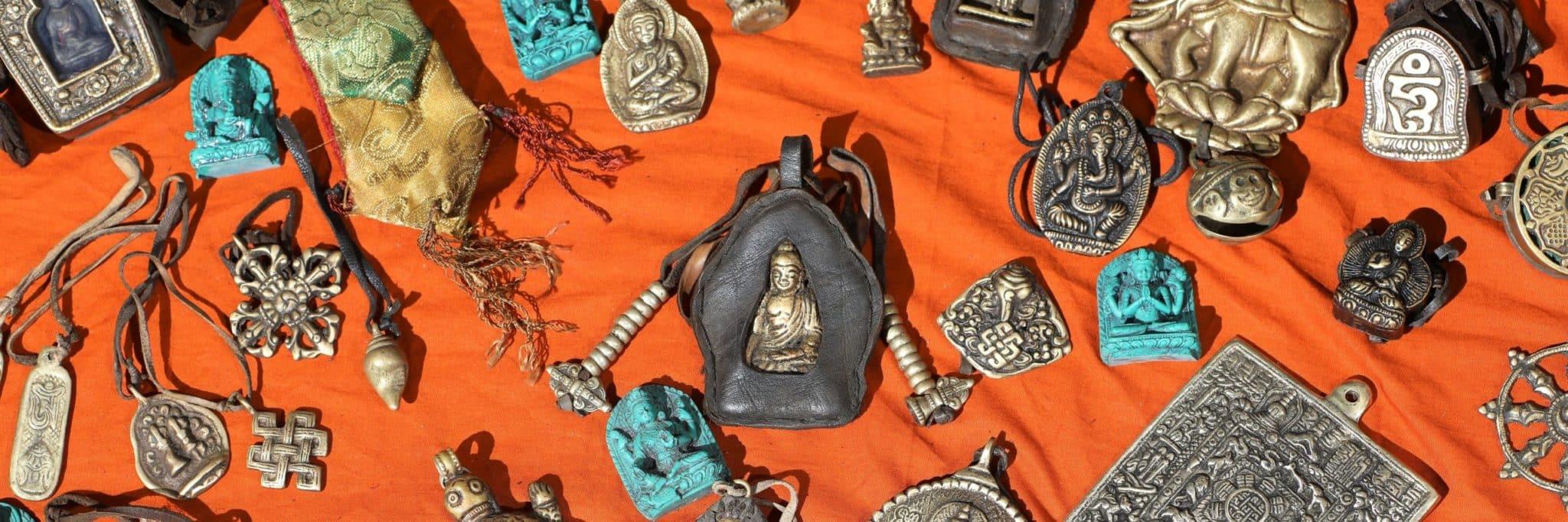 Amulette tibétaine MES INDES GALANTES PARIS