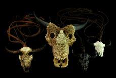 Tète de buffle, sculpture sur os