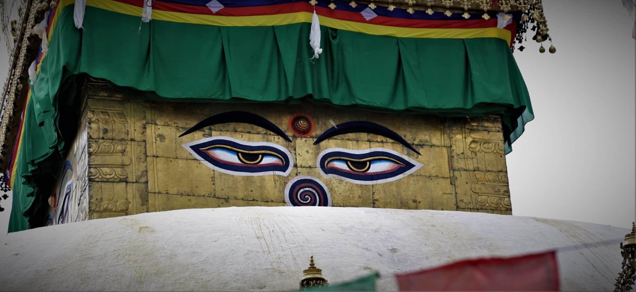 Yeux de bouddha Symbole bouddhiste Mes Indes Galantes
