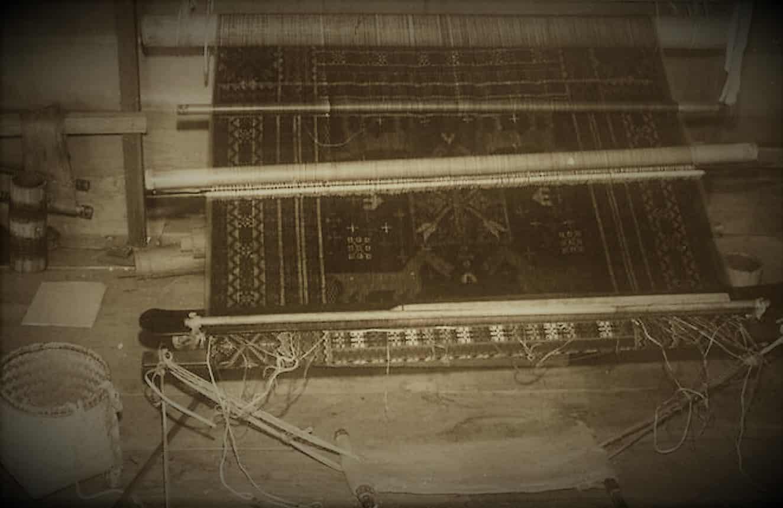 Songket Textile Brocart Bali Fil d'or ou d'argent Mes Indes Galantes